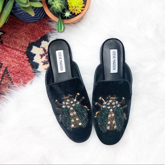 8fdae26a388 Steve Madden Hugh mules, black velvet with bug NWT